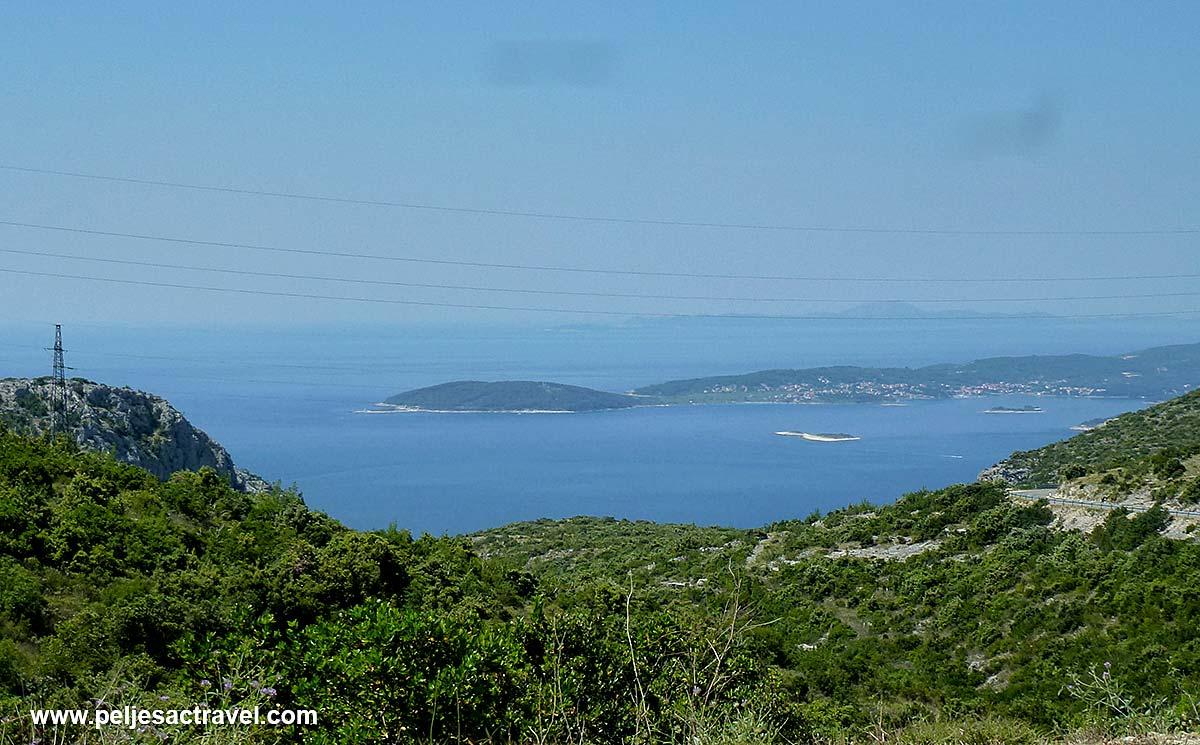 Approach to Kapetani with views over Korcula Archipelago